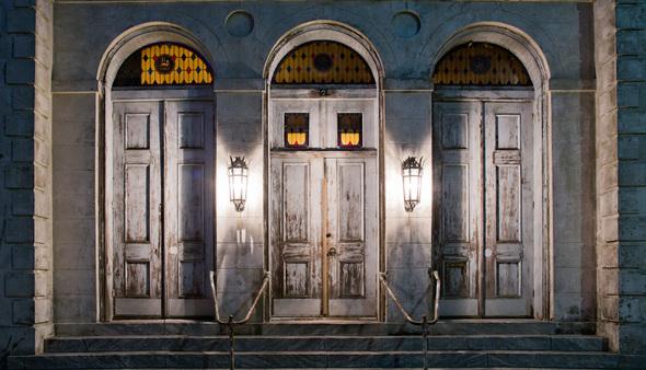 Nonprofit_carousel_pompo__front_doors
